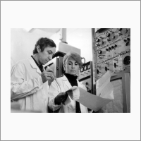 Gennady Echevski and Kazimira Ione in the Laboratory of zeolite catalysts, 1982