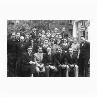Группа выпускников МХТИ 1954год