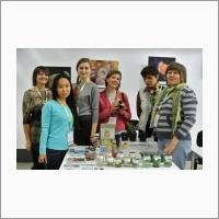 Сотрудники лаборатории биотехнологии ЦСБС СО РАН, представляют свои достижения на выставке OpenBio-2015 (Наукоград Кольцово).
