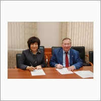 Signing the collaboration agreement between IA&E SB RAS and Changchun University of Science and Technology of China on 12.05.2016