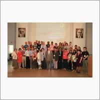 Участники Международного симпозиума по проекту 608 МПГК к 105-летию со дня рождения В.Н. Сакса (2016). Фото из архива ИНГГ СО РАН.