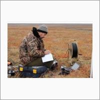 Учёные ИНГГ исследуют Ямальский кратер