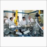 Визит в ИФП СО РАН лауреата Нобелевской премии 2014 года по физике Хироси Амано