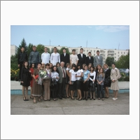 Академик Донченко с молодыми учеными