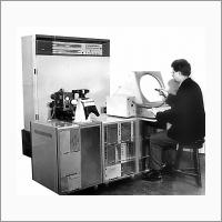 Общий вид системы графического взаимодействия с ЭВМ «Экран» (разработка 1968-1970 гг.). Источник: Архив ИАиЭ СО РАН.
