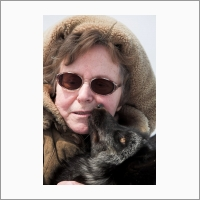 Профессор Людмила Трут, одна из главных соратниц Дмитрия Беляева в его экспериментах с лисицами, автор книги «Как приручить лису (и построить собаку)»