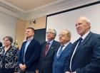 Сергей Алексеенко (крайний справа),  Рустам Мулляджанов (второй слева) на вручении премии   академика Г.Г. Черного