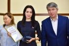 Глава Бурятии  Алексей Цыденов с молодыми учеными
