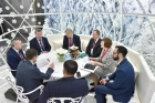 Инвестиционный форум в Сочи. Переговоры губернатора Новосибирской области Андрея Травникова.