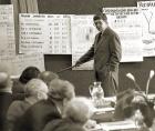 Первое выступление нового директора Лимнологического института, чл.-кор. М. А. Грачева на заседании президиума Иркутского научного центра. 1988 г. Фото В. Короткоручко