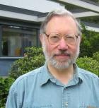 Луис Хирш Кауффман -  руководитель Лаборатории топологии и динамики НГУ
