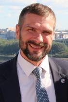 Манаков Юрий Александрович