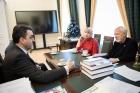 Встреча Марии Черной и Вячеслава Молодина с ректором ТГУ Эдуардом Галажинским