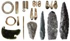 Предметы искусства и утилитарные орудия из Денисовой пещеры. Фото ИАЭТ СО РАН