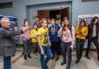 Школьники в ИНЦ СО РАН. Фото Владимира Короткоручко