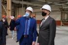 Губернатор Новосибирской области Андрей Травников на заводе «Арматон».